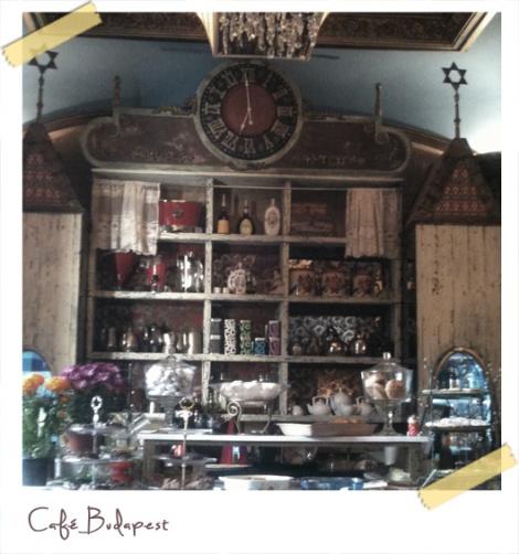 Café Budapest barra